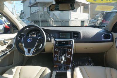 2014 Volvo S60 T5 Premier