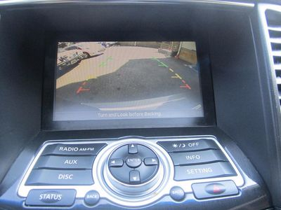 2009 INFINITI FX35 Leather, Sunroof, Backup Camera!