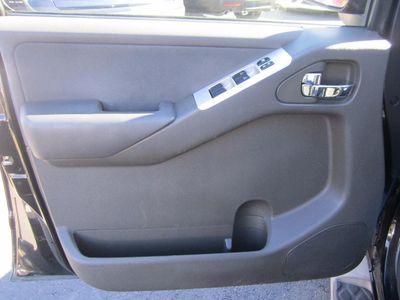 2011 Nissan Pathfinder SV, Clean Carfax!