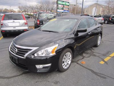 2015 Nissan Altima 2.5 S, Clean Carfax!