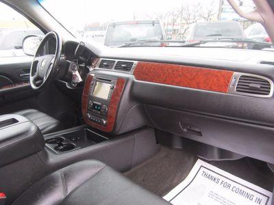 2007 Chevrolet Avalanche LTZ, Navigation, Clean Carfax, 1 Owner!