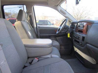 2006 Dodge Ram 1500 SLT, HEMI, Clean Carfax!