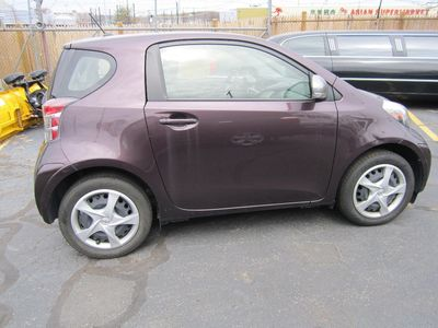 2012 Scion iQ Clean Carfax!