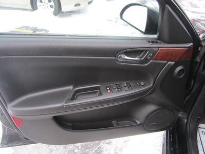 2009 Chevrolet Impala LTZ, 1 Owner, Clean Carfax!
