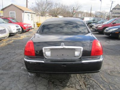 2005 Lincoln Town Car Executive 8 Passenger, Coach by DaBryan!