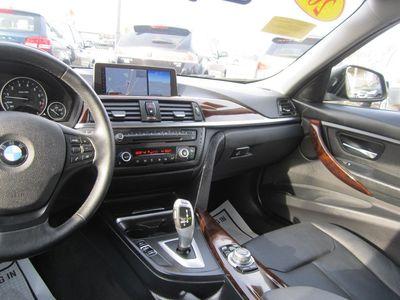 2013 BMW 3 Series 320i xDrive, AWD, Navigation