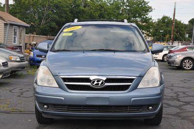 2007 Hyundai Entourage SE