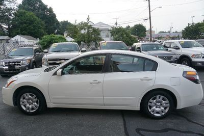 2011 Nissan Altima 2.5 S, Clean Carfax!