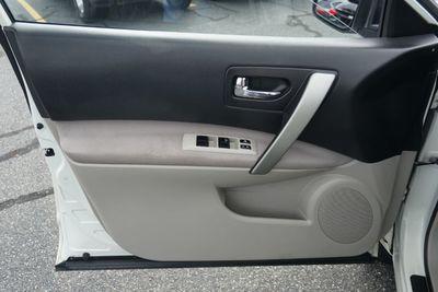 2009 Nissan Rogue S, Clean Carfax!