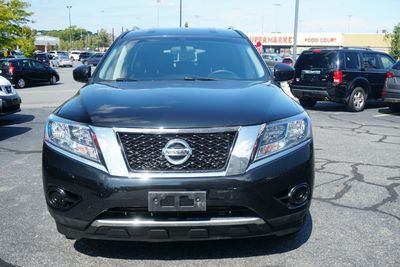 2015 Nissan Pathfinder S, LOW MILES,  One Owner!