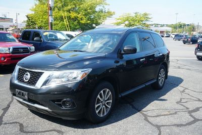 2015 Nissan Pathfinder S, Clean Carfax, One Owner!