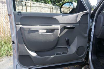 2011 Chevrolet Silverado 1500 7.6 SD, Minute Mount 2 3-Plug, One Owner