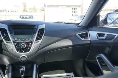 2013 Hyundai Veloster w/Gray Int, GLASS ROOF