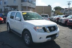 2008 Nissan Pathfinder LE, One Owner!