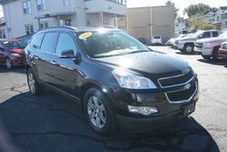 2010 Chevrolet Traverse LT w/1LT, Clean Carfax, One Owner!