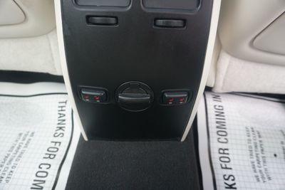 2009 Lincoln MKS AWD, NAVI, LOW MILES!
