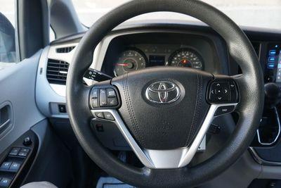 2015 Toyota Sienna LE,  8 PASSENGER