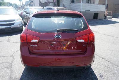 2012 Kia Forte 5-Door EX
