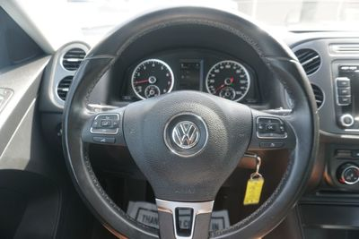 2013 Volkswagen Tiguan SE